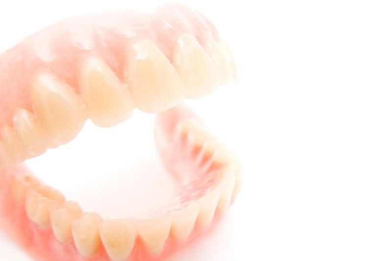 患者様に最適な入れ歯を提供します